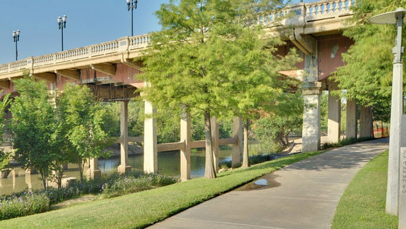 New Trail Connecting Buffalo Bayou Park to White Oak Bayou is Now Open