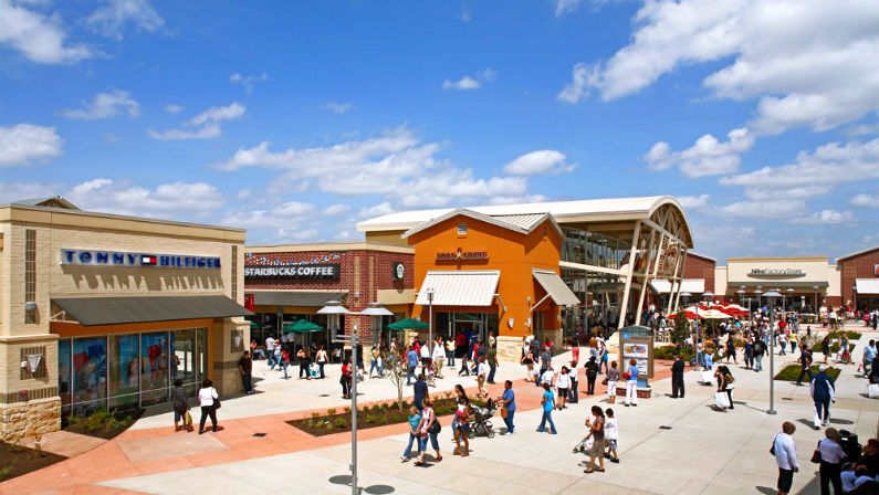 Houston Premium Outlets Just Opened a New Kids' Play Area
